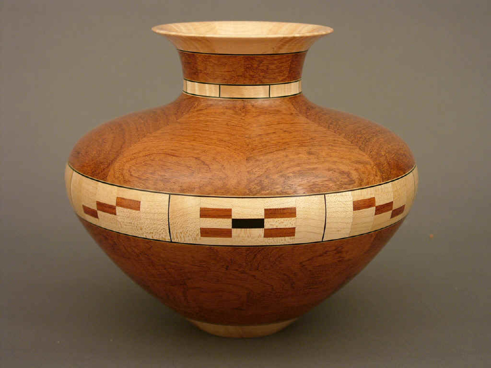 pic-wsws-segmented-vase-bubinga-maple-ebony-wood-1000